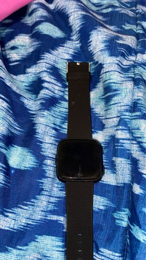 Fitbit versa for Sale in Raleigh, NC