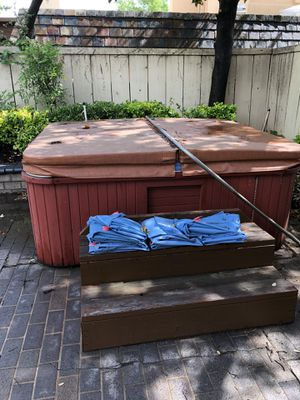 Hot tub for Sale in Edmond, OK