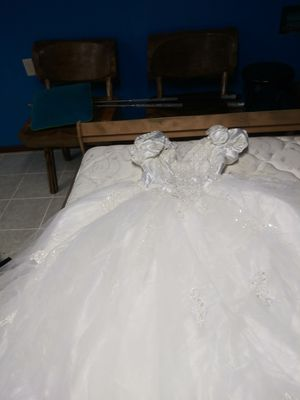 Davis Bridal Wedding dress for Sale in Columbus, OH