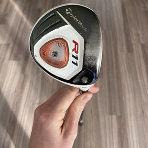 Taylormade R11 3 Wood - Right Handed, Stiff Flex for Sale in Seattle, WA