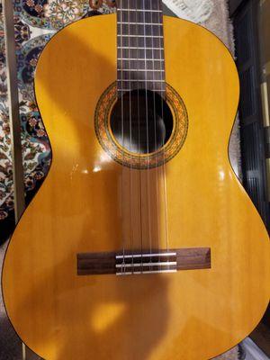 YamahaC40 Classical GuitarNatural for Sale in Alexandria, VA