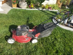 Lawn mower with Honda motor for Sale in Victorville, CA