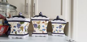 Capriware Vintage Ceramic Sealing Canister Set for Sale in Patterson, CA