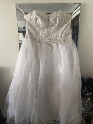 Wedding dress, Alfred Ángelo for Sale in Revere, MA