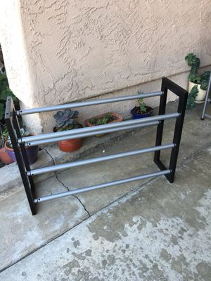 Plegable wood and Metal Shoes rack for Sale in Vista, CA