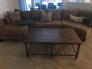 Havertys Sectional Couch and Table for Sale in Deerfield Beach, FL