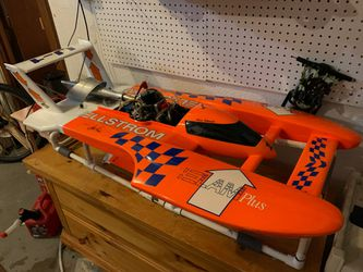 Miss Elam 1/8 hydro with tons of extras(rc boat) for Sale in Renton,  WA
