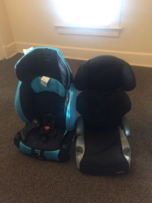Black car seat for Sale in Mishawaka, IN