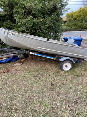 12ft valco boat with trailer for Sale in Sacramento, CA