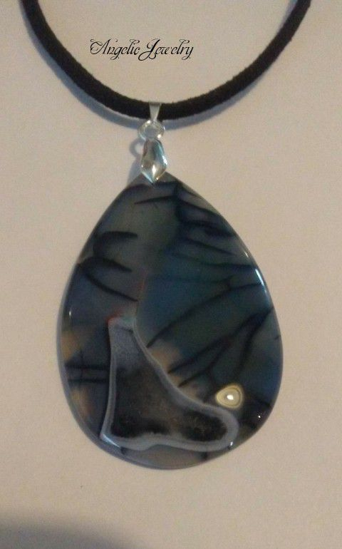 Blue Dragon's Vein Agate Necklace