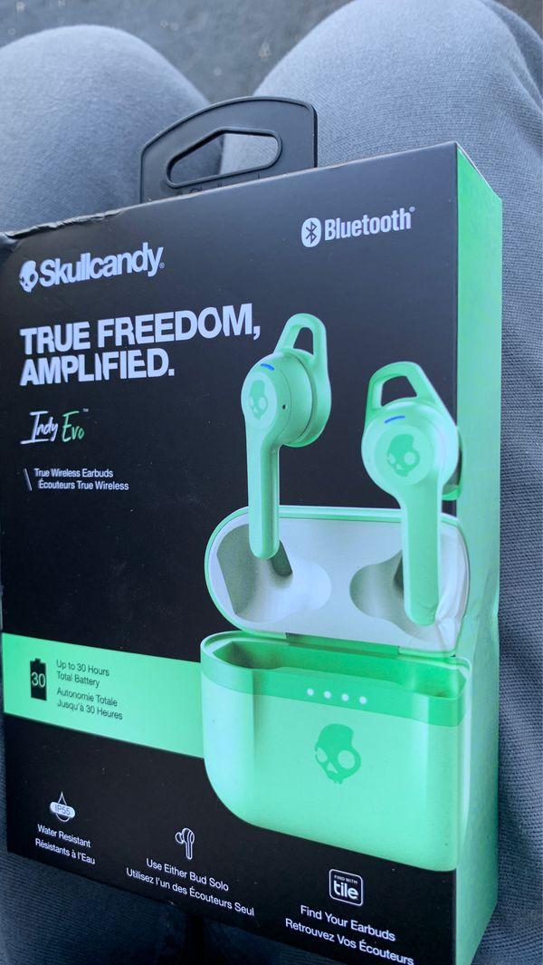 Skull candy wireless ear buds brand new sealed