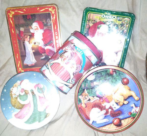 CHRISTMAS Tins!