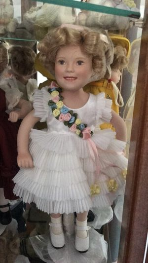 Vintage Antique Shirley Temple Doll (1930's) for Sale in Oakdale, PA