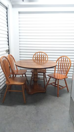 TABLE WITH FOUR CHAIRS for Sale in Whittier, CA