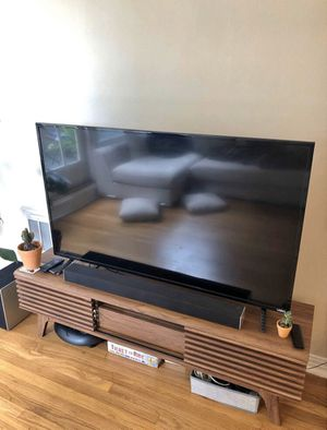 """55"""" Vizio Smart Tv for Sale in Lincoln, NE"""