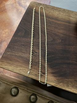 10 Karat Yellow Gold Rope Chain for Sale in Pensacola,  FL