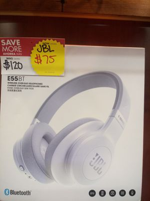 JBL WIRELESS BLUETOOTH HEADPHONE for Sale in Chicago, IL