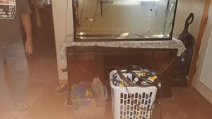 55 Gallon tank with all assesories, plus40 fish,3 frogs 6 to 7 catfish ect. for Sale in Prescott Valley, AZ
