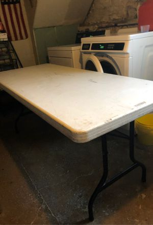 8 ft table for Sale in Cleveland, OH