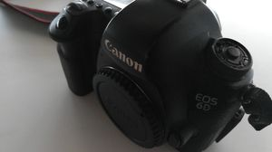 Canon 6D Full Frame (Body Only) for Sale in Dallas, TX