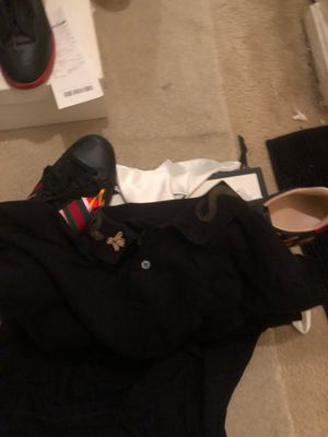 Gucci black snake on collar shirt sleeves shirt for Sale in Silver Spring, MD