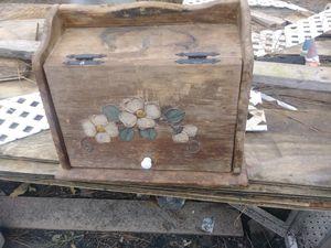 Really old n beautiful bread box for Sale in Baldwyn, MS