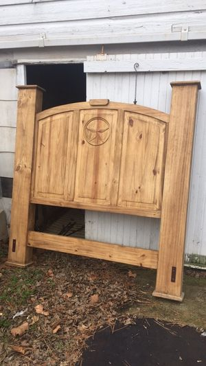 Queen bed frame complete set for Sale in Mineola, TX