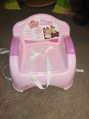 Bright star booster seat for Sale in Sterling Heights, MI