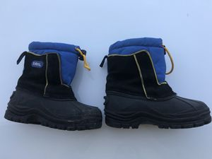 Snow boots - kids size 12 for Sale in Fremont, CA
