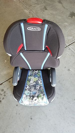 Boys car seat for Sale in Lawrenceville, GA