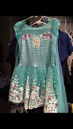 Elsa Dress with cape attached 4T for Sale in Sylmar, CA