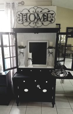 Antique Wood Armoire for Sale in Tampa,  FL