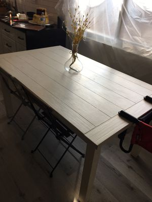 COUNTRY KITCHEN TABLE for Sale in Highland, CA