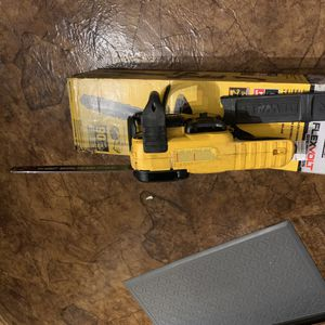 Dewalt 16in 60v max 3a brushless chainsaw bare tool only for Sale in Obetz, OH