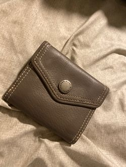 Marc by Marc Jacob wallet (REAL) for Sale in Herald,  CA