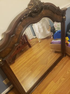 Large Mirror for Vanity or Dresser for Sale in Nashville, TN