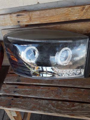 Headlights 06 dodge ram for Sale in Tucson, AZ