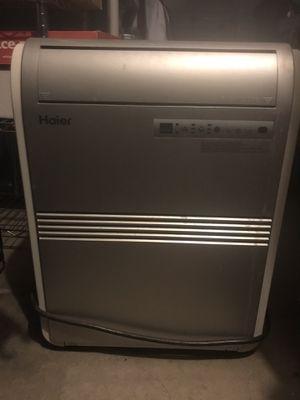 Haier 8,000 BTU portable air conditioner for Sale in Mesa, AZ