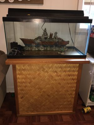 40 Gallon Tall With Custom Stand And Warship for Sale in Waialua, HI