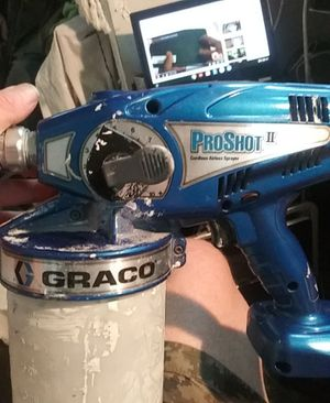 Graco pro shot 2 airlwss cordless paint gun for Sale in Portland, OR