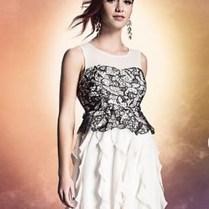 Harry Potter Black Lace & Ivory Ruffle Gown for Sale in Brandon, FL