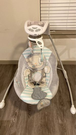 Baby swing for Sale in Lancaster, TX