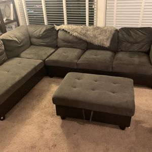 Sectional Sofa for Sale in Seattle, WA