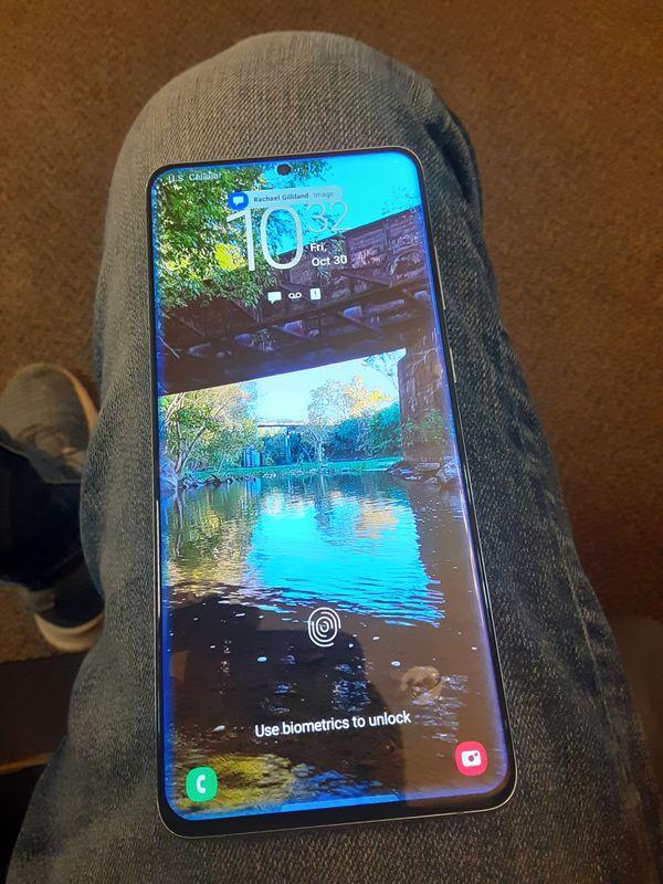 Galaxy S20+ 5G like new READ DESCRIPTION!!!