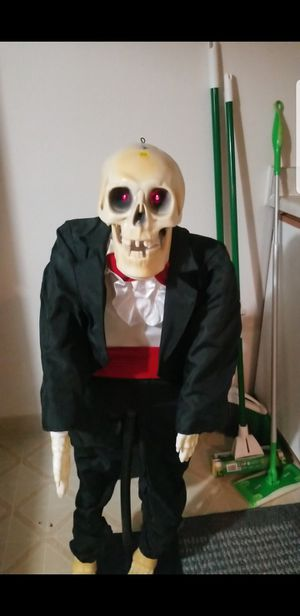 Animated talking skeleton motion/ sound activated 1998 for Sale in Tualatin, OR
