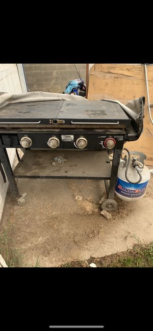 Blue rhino griddle with gas tank $250 firm cash for Sale in Fresno, CA