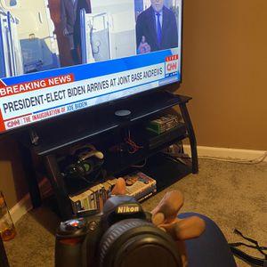 Nikon D3100 USED for Sale in Philadelphia, PA
