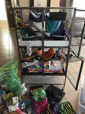 Small animal cage and accessories (bundle) for Sale in Sahuarita, AZ