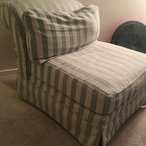 Chair **free** for Sale in Kent, WA