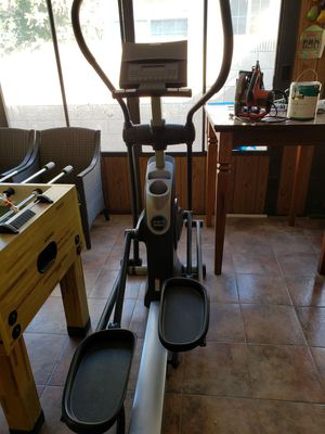 Pro-form xp Elliptical for Sale in Los Angeles, CA